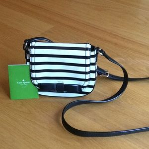 Kate Spade black/Ivory patent shoulder bag.  NWOT!